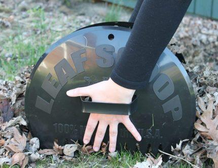 Bully Tools Leaf Grabbers